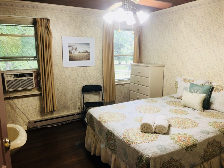 Rooms & Suites | Grand Beach InnGrand Beach Inn